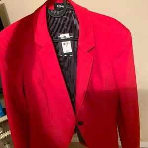 A women's tailored red blazer